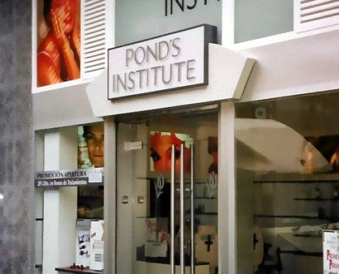 rotulos-centro-de-belleza-ponds-institute4