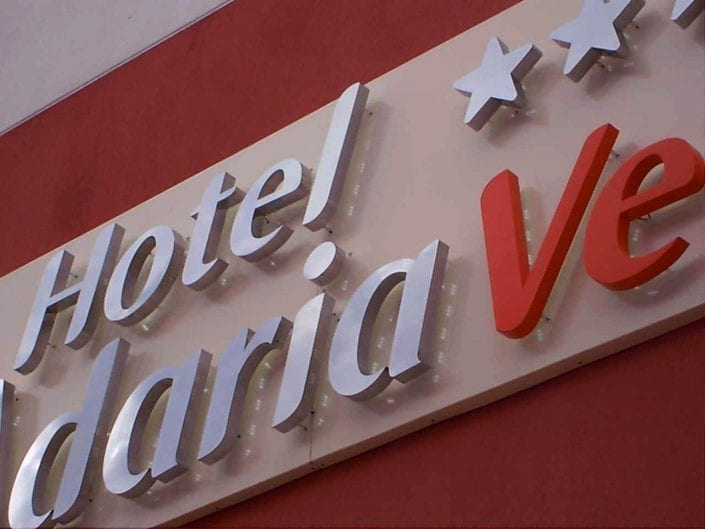 ROTULACION DE HOTELES