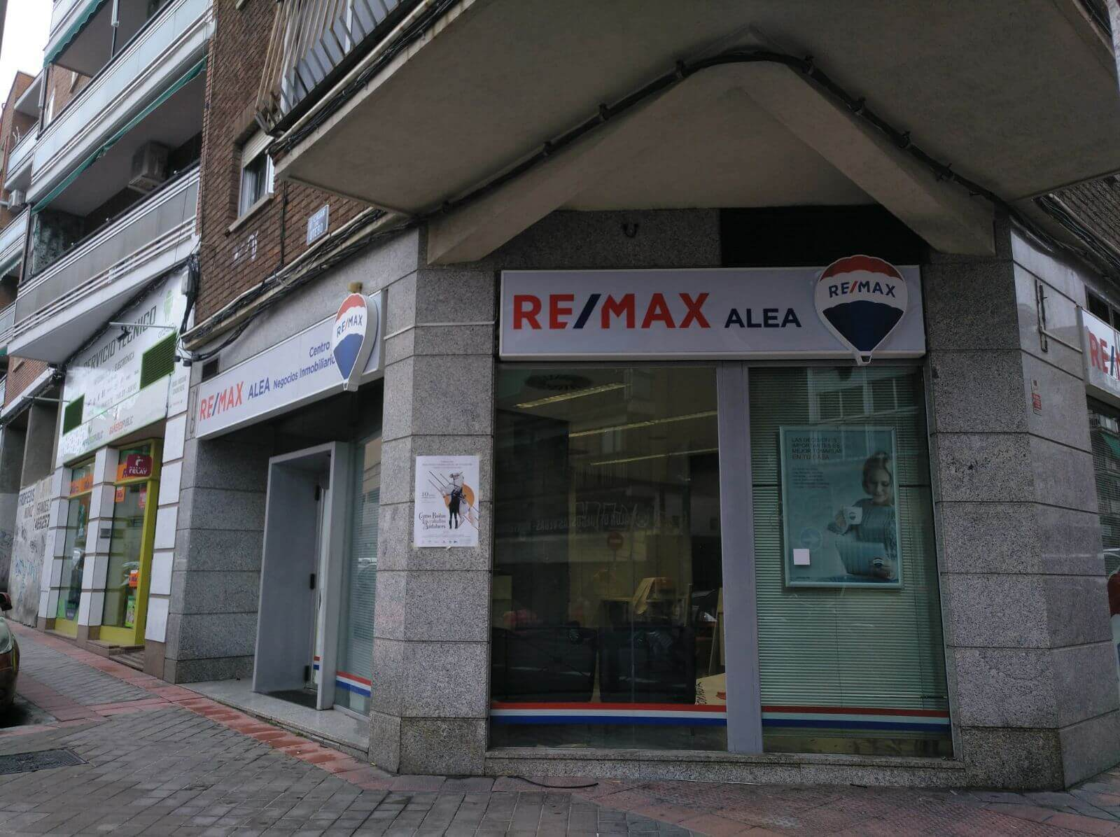 Rótulos Luminosos Quadrat Classic Remax