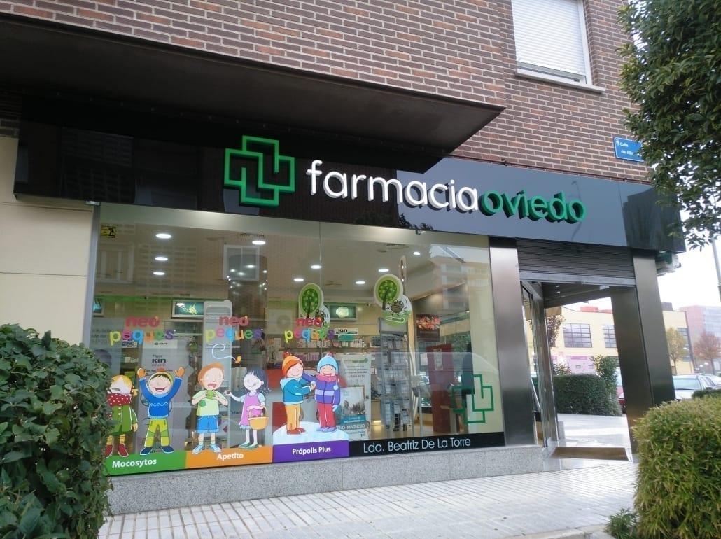 Rotulo de led para farmacia