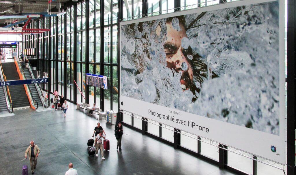 Publicidad Exterior Apple