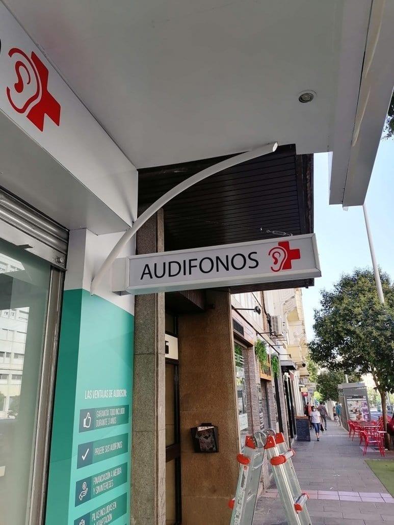 letreros luminosos en Madrid