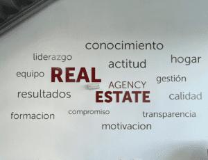 Decoración exterior e interior para inmobiliarias